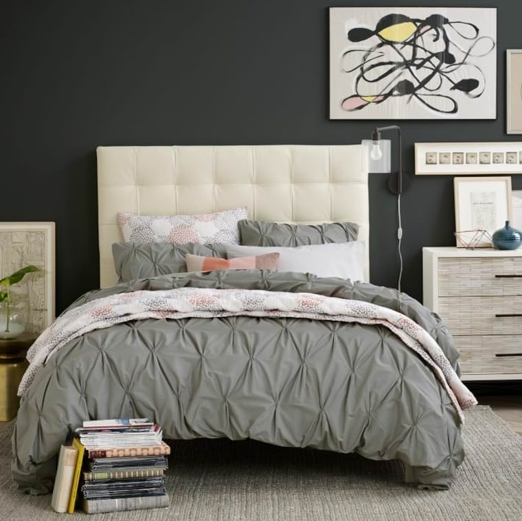 diy d co fabriquer une t te de lit capitonn e. Black Bedroom Furniture Sets. Home Design Ideas