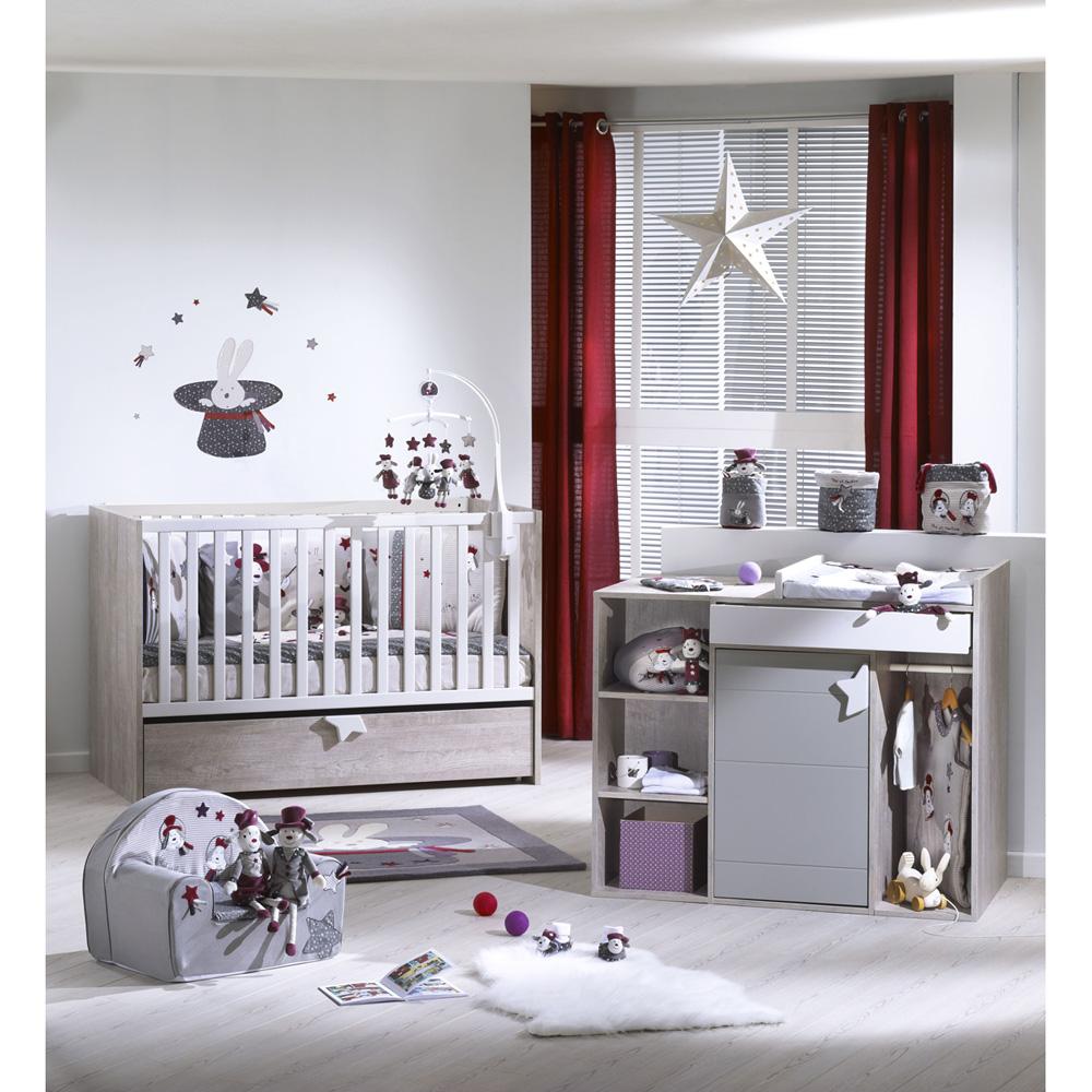 Aménager de façon fonctionnelle et esthétique une chambre d\'un bébé